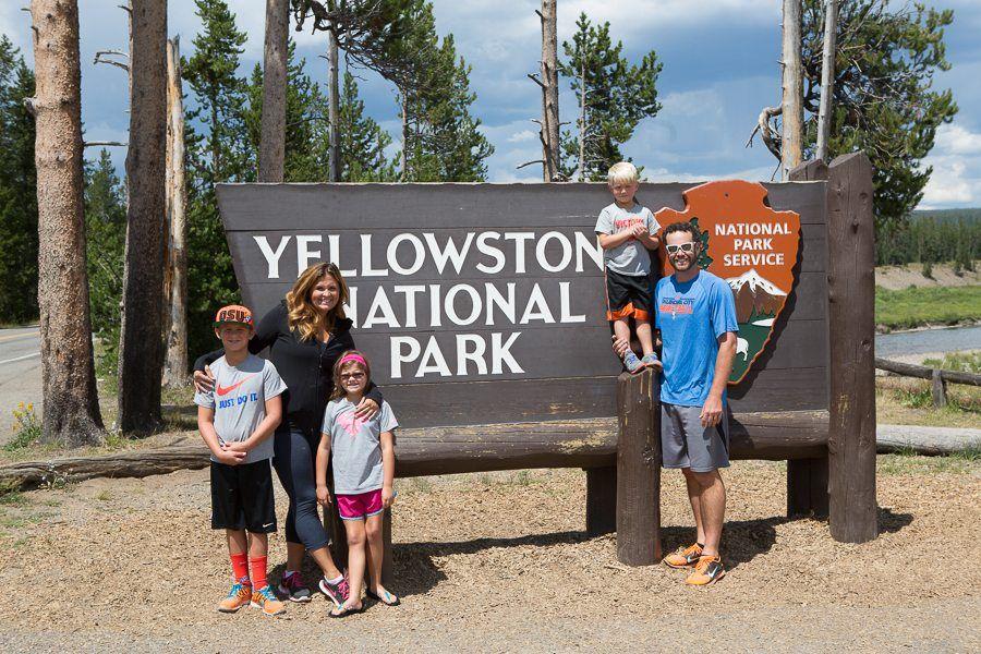 travel-rv travel-yellowstone