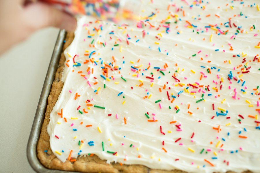 best-dessert-recipes-cookie-cake