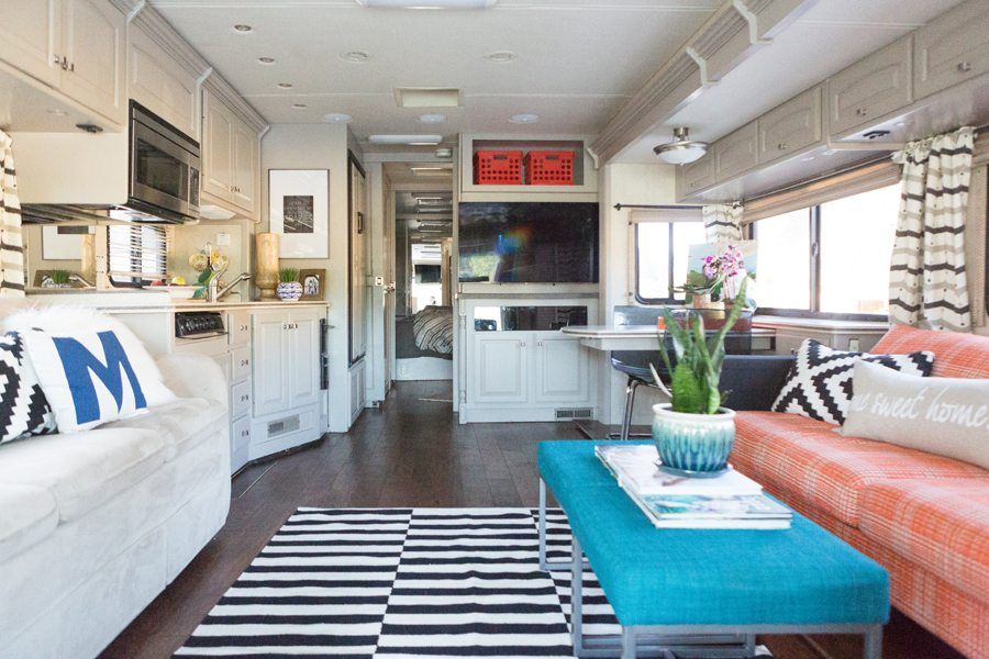 family-travel-rv