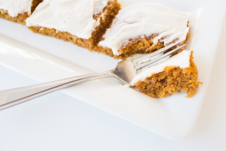 best-thanksgiving-dessert-recipes-pumpkin-sheet-cake