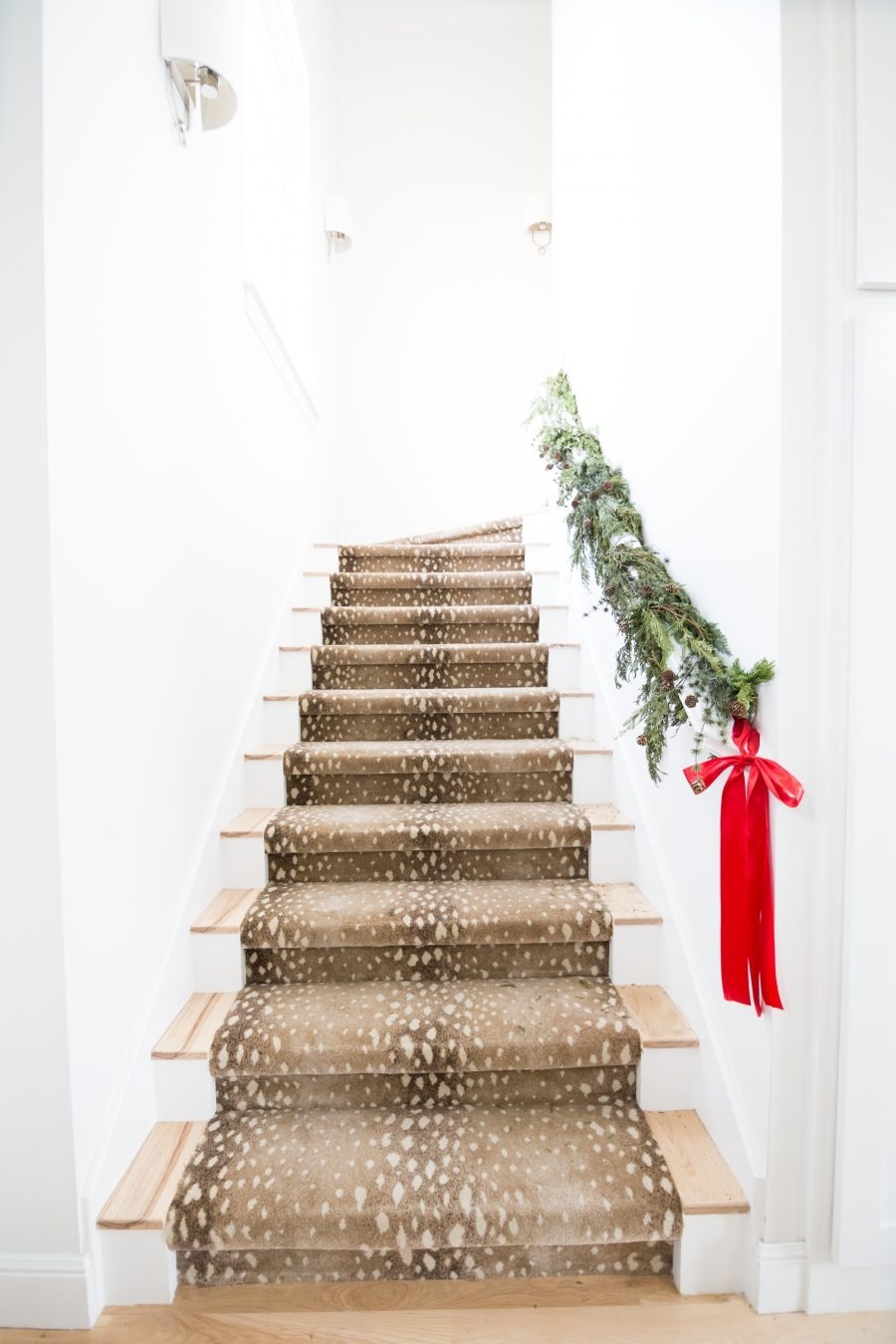antelope-stairs-Christmas