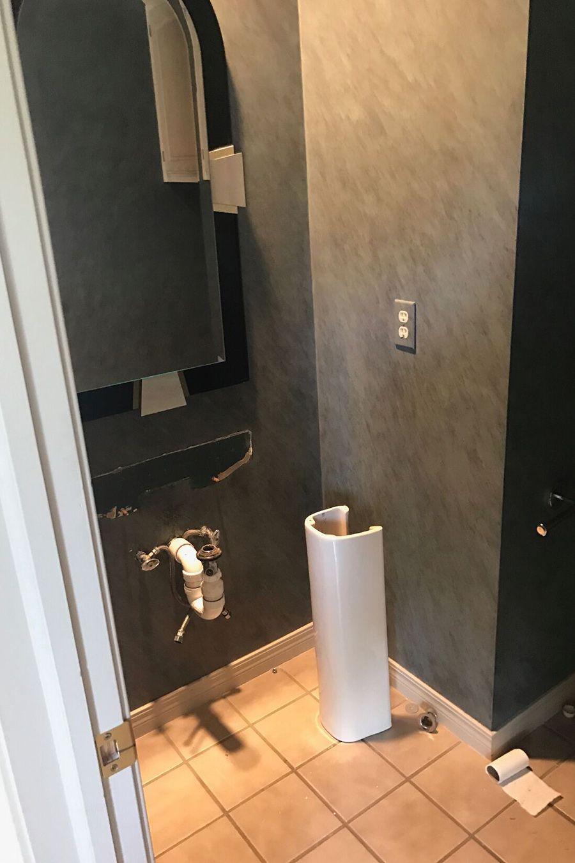 Bathroom video blowjob images 49