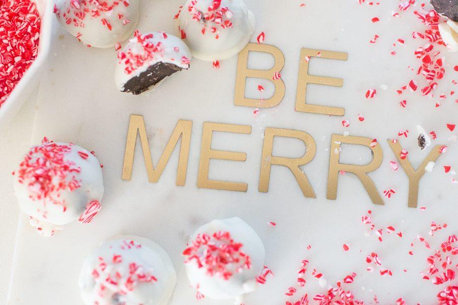Peppermint-Oreo-Cake-Balls-Christmas-Dessert-1