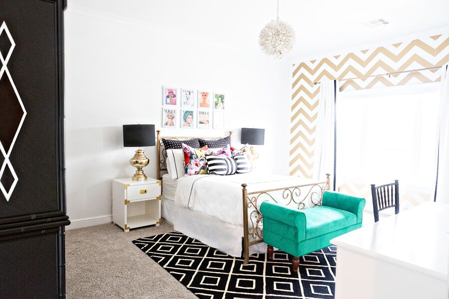 10 Beautiful Ideas for How to Use Wallpaper for Modern Home Design chevron wallpaper removable wallpaper modern glam girls bedroom campaign dresesr nighstand gold bed frame frame vintage vogue pictures