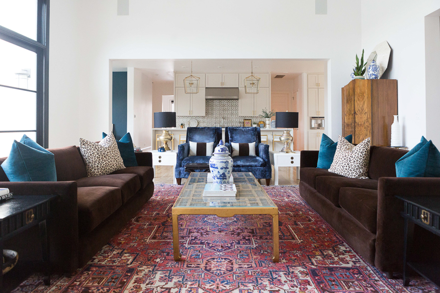 10 Bold Pink and Navy Rugs for Home Decor modern glam ...