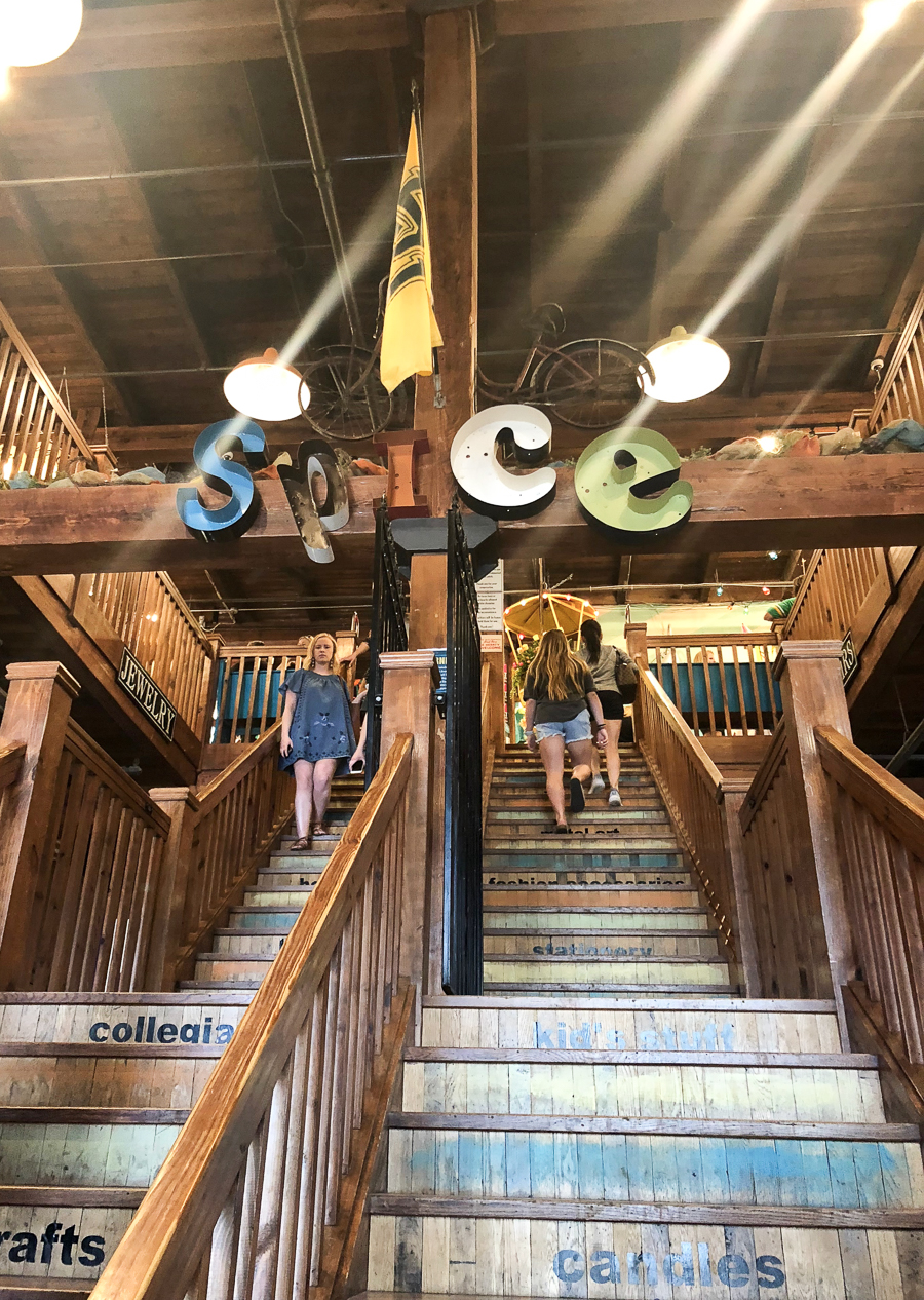 How to Plan the Perfect Trip to Magnolia Market and Waco-1-6