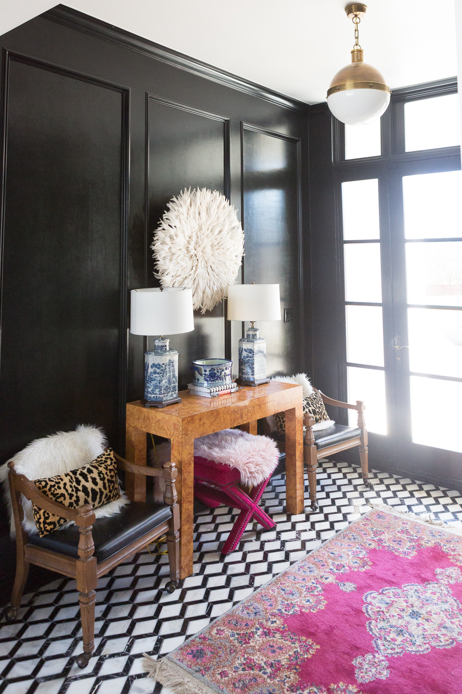 black and white marble floors black high gloss wainscoating entryway burl wood console pink safavieh x bench blue chinoiserie vase