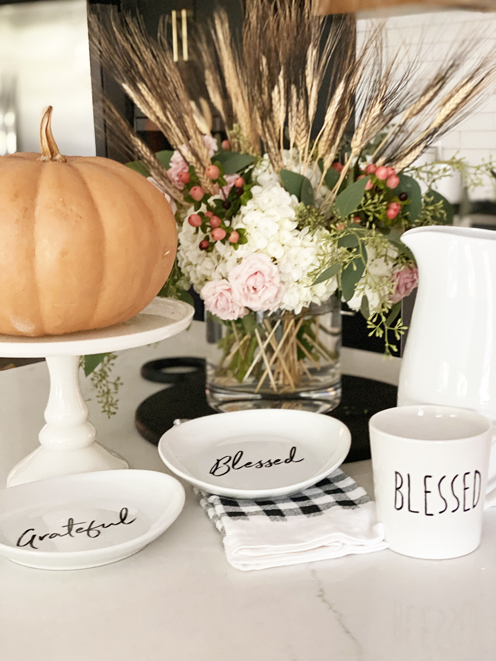 Affordable Fall Front Porch and Tabletop Decor Ideas