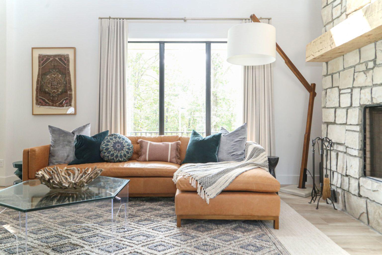 Living room - BEAVER LAKE PROJECT