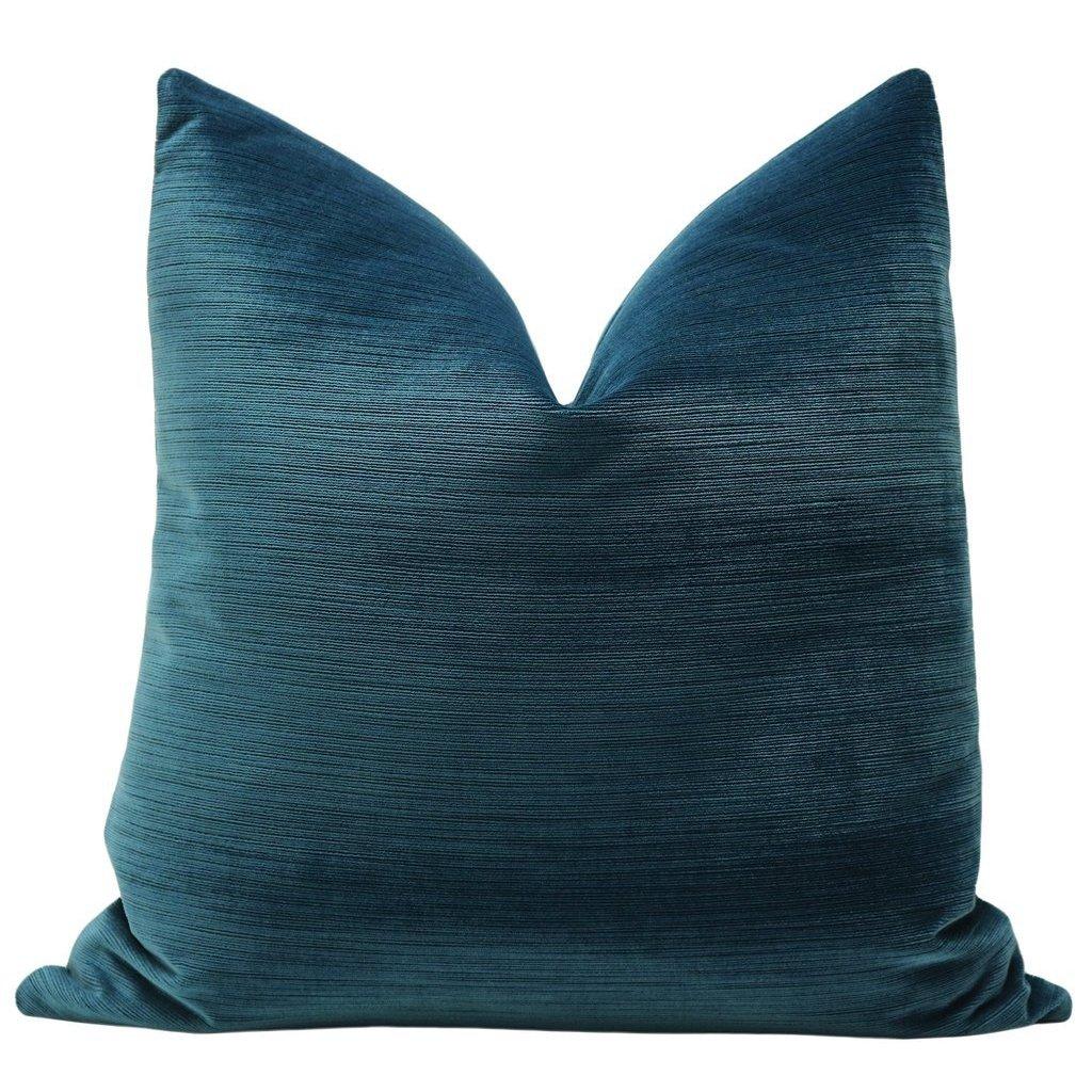 STRIE VELVET HARBOUR BLUE PILLOW