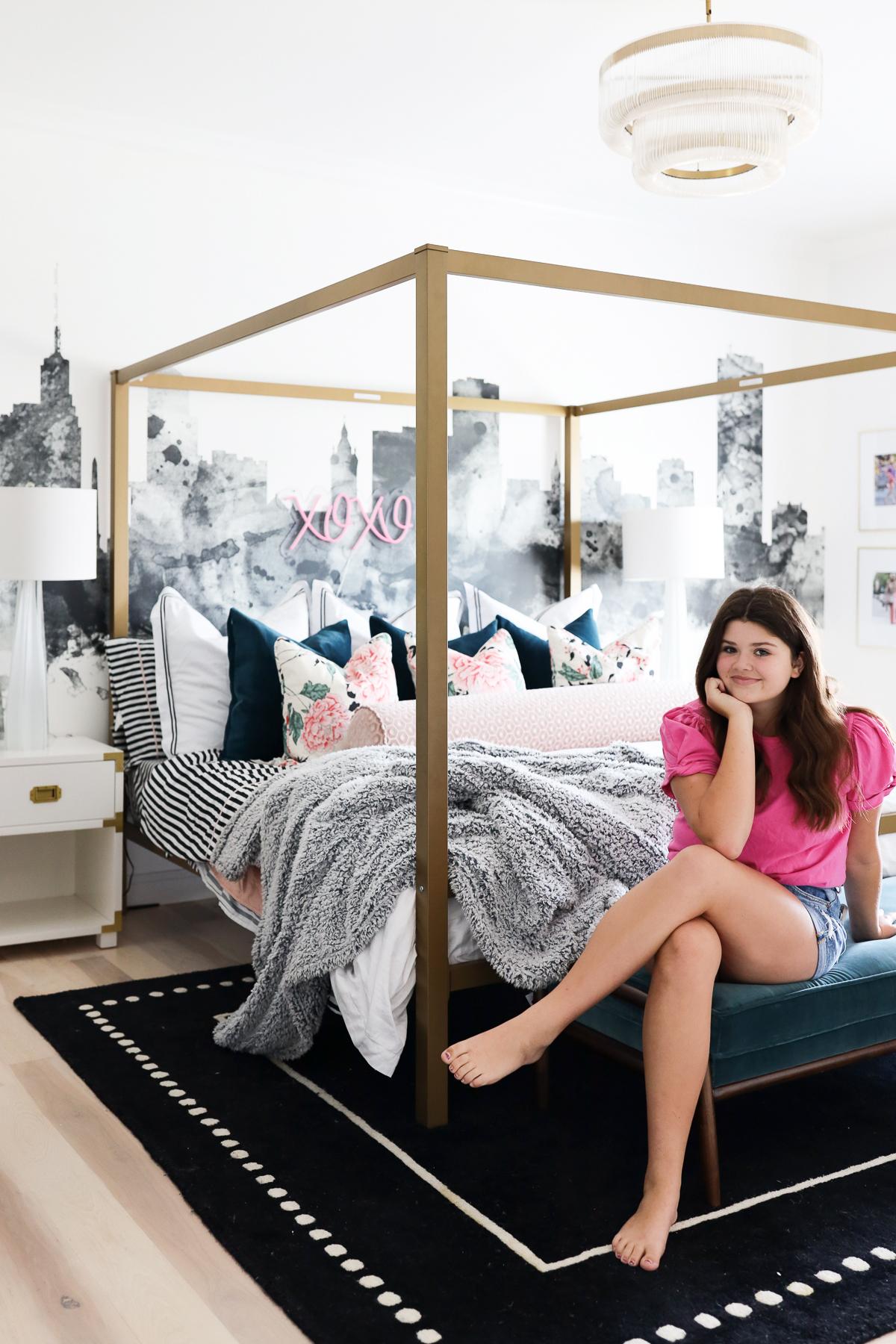 Emmy's Gossip Girl Bedroom Design Debut